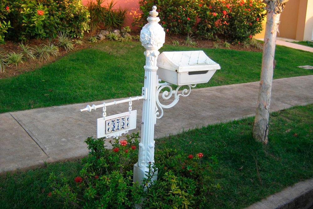 sidewalk-landscaping-1000x667